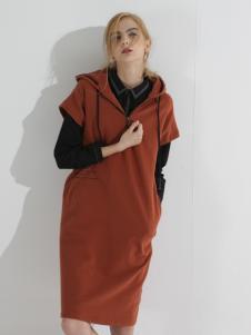 子容秋冬新款焦糖色连衣裙