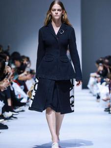IMMI女装黑色时尚西装