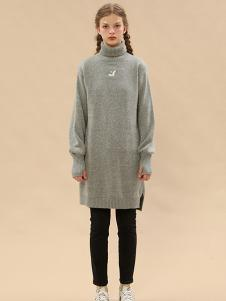 塔卡沙女装灰色长款连衣裙
