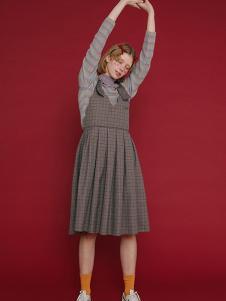 塔卡沙女装时尚背带裙