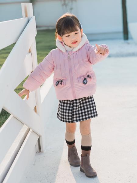 淘淘猫冬季新款粉色羽绒服