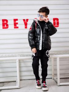 淘淘猫冬季新款黑色短款羽绒服