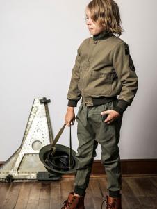 AKCLUBKIDS童装军绿色外套