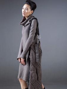 对话框女装灰色高领连衣裙