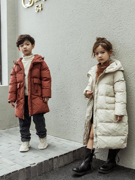 2018城秀童装秋冬新款