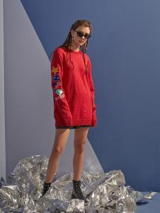 NANAWANG女裝紅色印花連衣裙