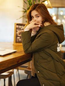 红雨鸶秋冬新款军绿色羽绒服