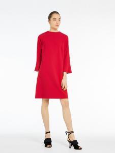 MARELLA女装红色直筒连衣裙