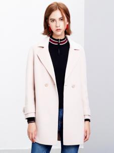 2018樊羽女装米色大衣