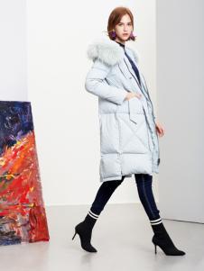 2018樊羽女装浅蓝色羽绒服