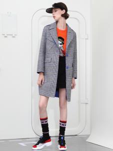 2018betu百图女装灰色大衣