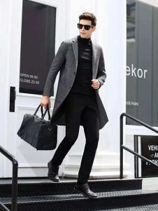 凯帝龙驰男装灰色时尚大衣