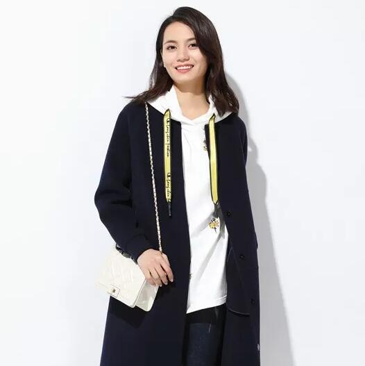 """【玳莎独丽女人】大衣这么""""贵"""",怎么内搭更显高级?"""
