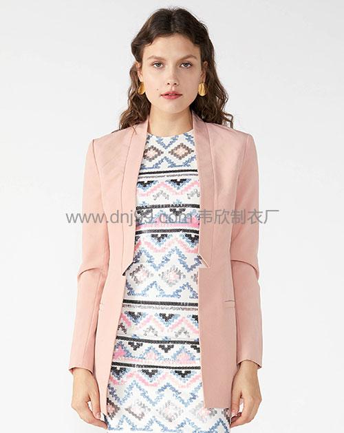 外贸粉色女装外套一手货源