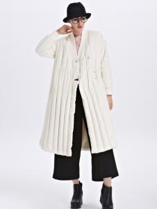 墨曲女装冬装羽绒服