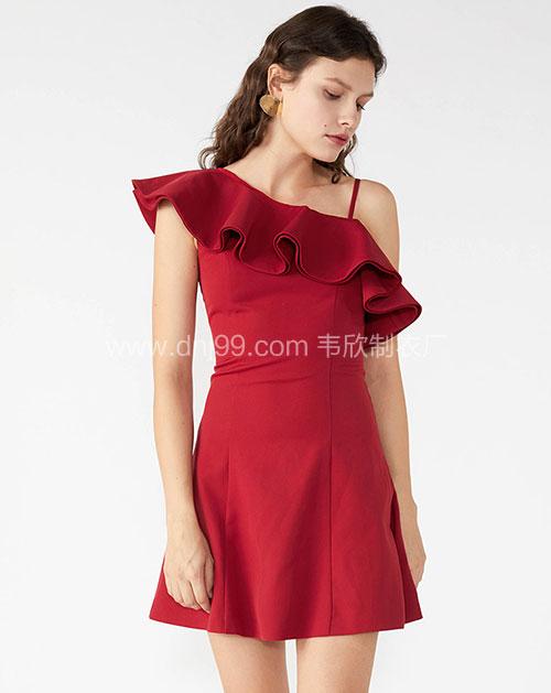 时尚女式红色吊带连衣裙