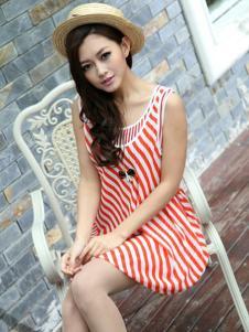 宝纱女装红白条纹连衣裙