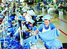 中美贸易保持增长 1~10月全国纺织品服装出口增长4.77%