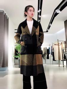 悠曼琦女装拼接时尚大衣