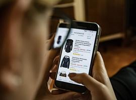 最新研究报告 全球12%的消费者至少每周跨境购物一次