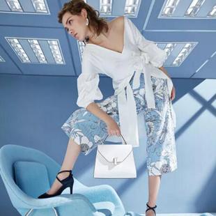 想加盟一家时尚鞋包店,广州迪欧摩尼用实力稳占市场