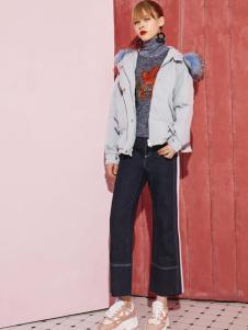 2018西蔻女装短款羽绒服