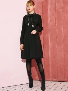 2018西蔻女装黑色打底裙