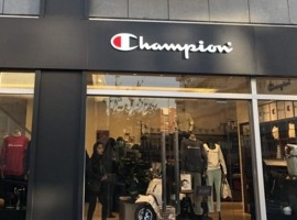 """年纪最大潮牌Champion的""""翻红史"""""""