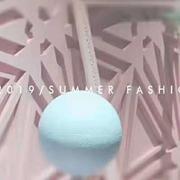 热烈祝贺香影女装2019夏季新品发布会圆满结束!