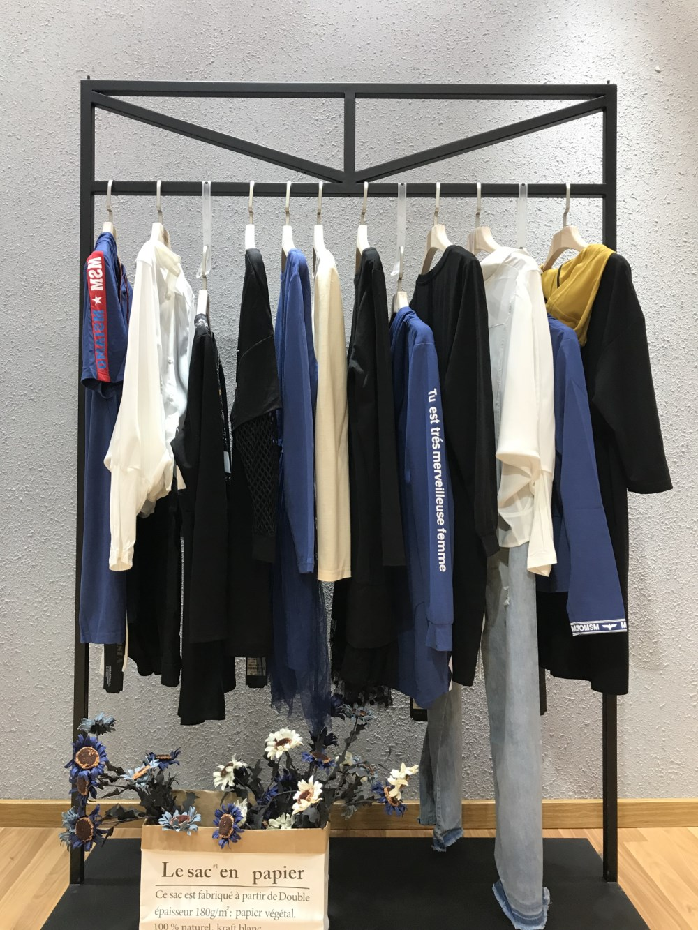 漠希摩品牌2019春季新款女装一手货源批发