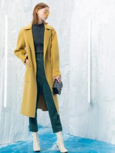 2018伊布都女装黄色大衣