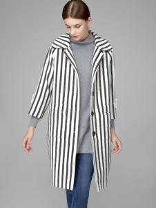 2018凡恩女装条纹外套