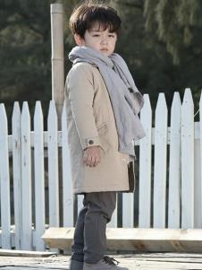 森虎儿童装杏色时尚外套