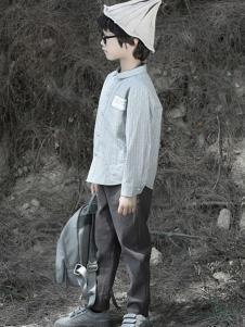 森虎儿童装灰色时尚T恤