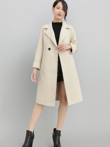 2018雨珊女装时尚大衣