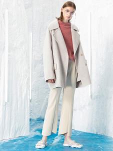 2018伊布都女装短款大衣