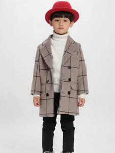 魔方童装菱格时尚大衣