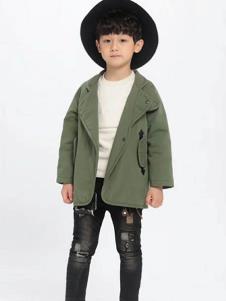 魔方童装绿色休闲大衣