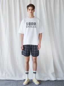 bccd白色休閑字母T恤