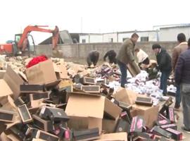 安徽警方破获国内最大假冒运动鞋 涉案金额6亿多元