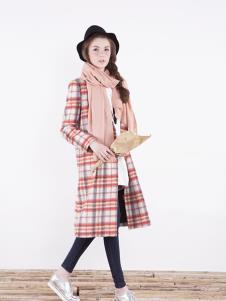 热橙女装时尚条纹大衣