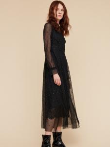 季候风女装新款黑色优雅长裙