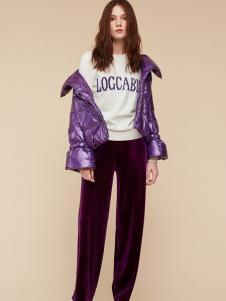 季候风紫色短款羽绒服