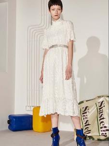 SIASTELLA女装白色休闲连衣裙