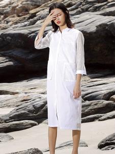 天开悟语女装白色直筒连衣裙