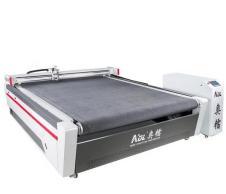 服装电脑裁床服装打版机