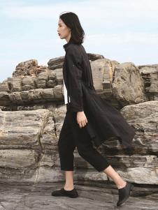 天开悟语女装黑色休闲风衣