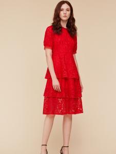 季候风新娘红连衣裙