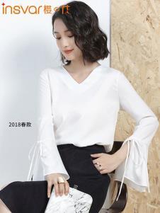 樱の花女装白色喇叭袖开叉T恤