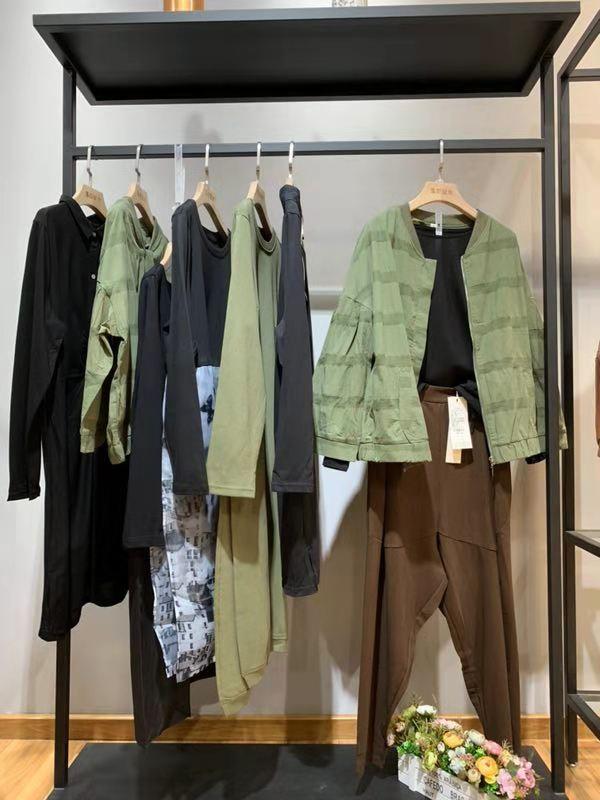 品牌7着@岸上女装厂家直销一手货源批发